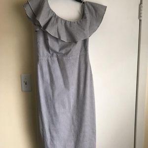 Banana republic seersucker one shoulder dress size